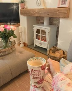 And just like that it's back to having the heating and the fire on 🙄. anyway happy Saturday guys and gals. I'm off to work shortly. Cottage Living Rooms, Home Living Room, Living Room Designs, Living Room Decor, Log Burner Living Room, Living Room With Fireplace, Cosy Fireplace, Fireplace Ideas, Cottage Shabby Chic