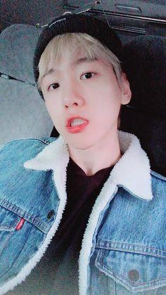 Çocuğunuzun bakıcısı olabilirim isterseniz K. Chanbaek, Baekyeol, Exo Ot12, Baekhyun Chanyeol, Park Chanyeol, Kokobop Exo, Kpop Exo, K Pop, Luhan And Kris