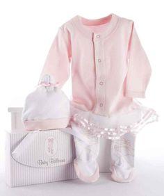 025b7df95 8 Best Stunning Newborn Baby Clothes images