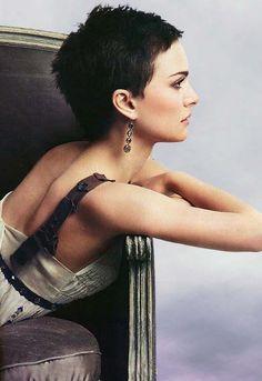 Natalie Portman, HAIRXSTATIC: Crops & Pixies [Gallery 2 of 9]