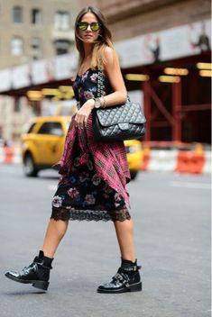 Chanel bag, renda e coturno @whisperbysara