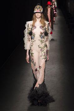Défilé Gucci Automne-hiver 2016-2017 Prêt-à-porter - Madame...