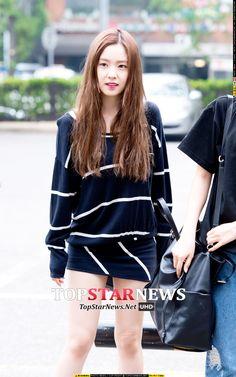 Irene Red Velvet Airport Fashion