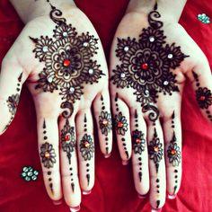 henna muster glitzersteine schneeflöckchen