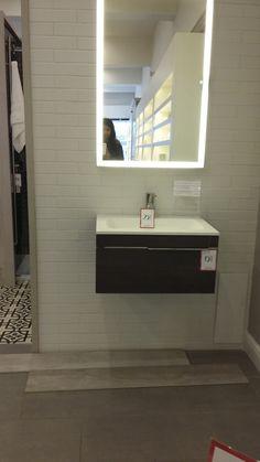 Wood Flooring, Bathroom Lighting, Bathroom Ideas, Mirror, Furniture, Home Decor, Bathroom Light Fittings, Hardwood Floors, Bathroom Vanity Lighting