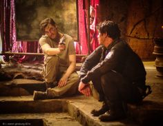 Murphy and bellamy The 100 Cast, The 100 Show, It Cast, Series Movies, Tv Series, Murphy The 100, Commander Lexa, The 100 Characters, Bob Morley