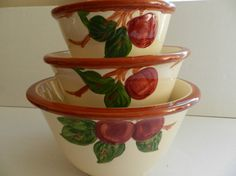 195873 Franciscan Apple Mixing Bowls by SnowyCreekDesigns on Etsy, $100.00