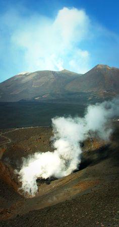 Mount Etna, Sicily cityseacountry.com