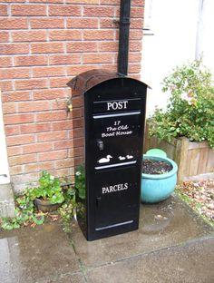 Prettier application of the secure elephanttrunck drop box Mailbox On House, Diy Mailbox, Mailbox Ideas, House Front, Brick Mailbox, Mail Drop Box, Parcel Drop Box, Drop Box Ideas, Porch Boxes