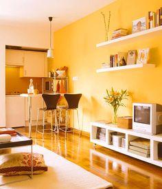 #designdrops * Inspiração: neste apartamento compacto, o amarelo funcionoupor ser um tom mais fechado. O equilíbrio também acontece, porque o branco também esta na mesma proporção.