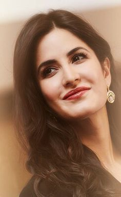 Katrina kaif beautiful always Beautiful Bollywood Actress, Beautiful Indian Actress, Beautiful Actresses, Katrina Kaif Images, Katrina Kaif Photo, Indian Celebrities, Bollywood Celebrities, Bollywood Stars, Bollywood Fashion