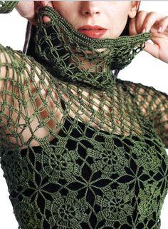 Patrones Crochet: Jersey de Red con Bufanda Incorporada Patron...love the flower design it makes where the motifs are joined