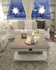 Swedish Style, White Houses, Interior Design Living Room, My Dream Home, Interior Inspiration, Beautiful Homes, Sweet Home, Dining Table, Furniture