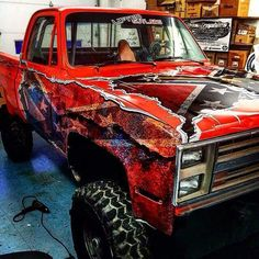 """hicktownkindaboy: """"mud-on-the-tires-kinda-girl: """"wyanrard """" HOLY FUCK!!!!! WATCH THE FUCK OUT… I'm gonna paint my truck like this """""""