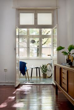 Industrial Deko inside a perfectly minimal são paulo apartment minimal apartments