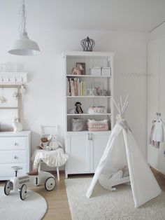 All-white kids room Baby Bedroom, Nursery Room, Boy Room, Girls Bedroom, Teepee Nursery, White Nursery, Bedroom Ideas, Bedroom Decor, White Kids Room