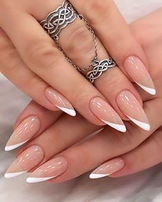 Frensh Nails, Hot Nails, Oval Nails, Hair And Nails, Acrylic Nails, Gorgeous Nails, Pretty Nails, Romantic Nails, Square Nail Designs