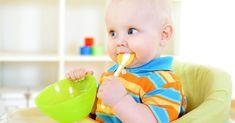 Wie aufregend! Dein Baby lernt jetzt Brei kennen. Unser Beikostplan zum Ausdrucken hilft dir bei der großen Essensreise deines kleinen Schlemmermauls. Baby Led Weaning, Baby Lernen, Best Time To Eat, Lactation Recipes, Breastfeeding, Meal Planning, Good Things, How To Plan, Children