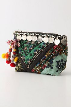Like this beauty bag..thinking of changing the Indian beads for some African ones.