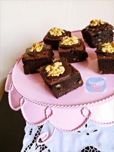Çikolata Şöleni Cevizli Browni | Leyla'nın Kahve Dükkanı