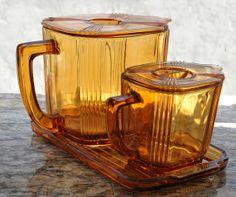 Art Deco Amber Waffle Batter Jug Set