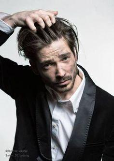 präsentiert von www.my-hair-and-me.de #men #hair #haare #long #braun #brown #lang #beard #bart