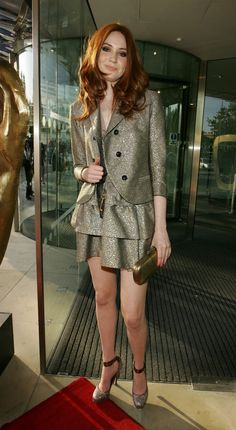 Birthplace: Inverness Date of Birth: November 1987 Shoe Size: 9 US Buy or Watch Karen Gillan Movies Now. Arguably one of Scotland& hottest recent exports has to be the redheaded Karen Gillan who played Amy Pong in hit sci-fi TV show, Doctor Who. Karen Gillian, Karen Sheila Gillan, Karen Gillan Movies, Gal Gabot, Red Hair Woman, Red Hair Don't Care, Gorgeous Redhead, Fashion Fabric, Doctor Who