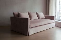 Luxury Dusty Pink Sofa 19 Sofas and Couches Ideas with Dusty Pink Sofa Sofa Styling, Luxury Furniture, Pink Sofa, Furniture, Modern Sofa, Sofa, Timeless Furniture, Sofa Furniture, Lounge Sofa