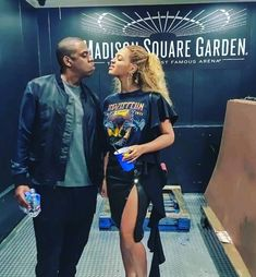 Saint Pablo, Beyonce Knowles Carter, Couple Style, Couple Goals, Couple Pics, Forever Young, Kanye West, Beyonce Instagram, Shopping