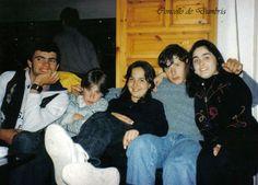 """Jose """"o mudo"""", Eloi, Arancha, Óscar e Mari Puri no Bar A Cascada de O Ézaro. Cedida por Ezaro.com"""