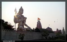 Nageshwara Jyotirlinga Temple, also called the Nagnath temple, is located in the outskirts of Dwarka, in Gujarat. It is a famous Lord Shiva Shrine in India, which is situated between Gomati Dwarka and Beyt Dwarka Island. Nageshwara is one of 12 Jyotirlingas mentioned in the Shiva Purana. The lingam enshrined in this temple is that of Nageshwara Mahadev, symbolising protection from all kinds of poison. The highlight of the temple is the Nageshwara Mahadev Shiva Lingam, which is a giant…