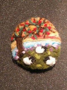 Handmade-Needle-Felted-Sheep-Brooch