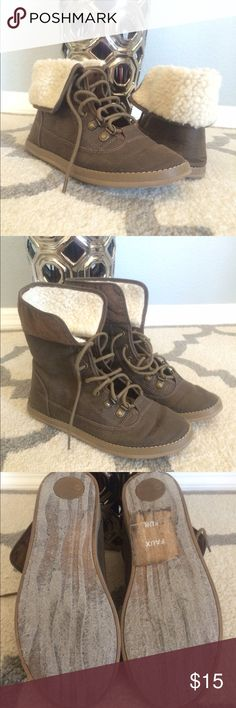 Used booties Used in good condition size 6 1/2 Shoes Lace Up Boots