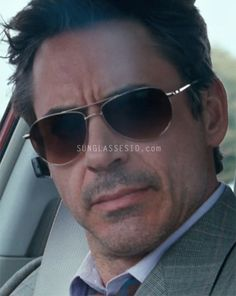 Robert Downey Jr. wearing Oliver Peoples Benedict sunglasses in the movie Due Date
