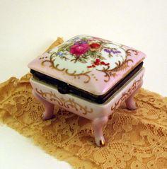 Antique Porcelain Footed Trinket Box Norleans by neyneystreasures, $16.00