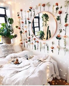 dream rooms for adults ; dream rooms for women ; dream rooms for couples ; dream rooms for girls teenagers ; dream rooms for adults bedrooms Boho Bedroom Decor, Boho Room, Bedroom Themes, Mirror Bedroom, Cozy Bedroom, Bedroom Inspo, Nature Bedroom, Modern Bedroom, Bohemian Bedrooms