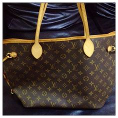Cofortable and cheap Neverfull Purse!Just $227.99 Today. Wow__Worth it!  #Neverfull #Fashion #Louis #Vuitton #Handbags