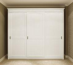 Armoire de chambre classique / en bois / à porte coulissante / massif RICHMOND Minacciolo