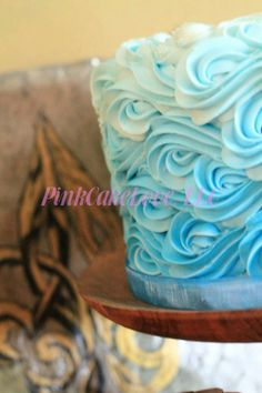 Buttercream waves in ombre blue for a Christening Buttercream Cake Designs, Buttercream Decorating, Ocean Cakes, Beach Cakes, Cake Decorating Techniques, Cake Decorating Tips, Wave Cake, Surf Cake, Pool Party Cakes