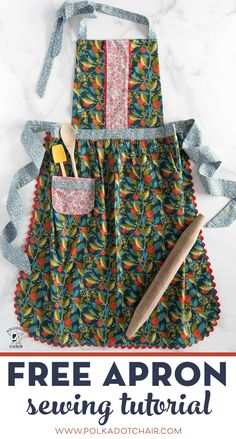 Learn how to make an apron with this free sewing pattern for an adult size apron. Learn how to make an apron with this free sewing pattern. An apron sewing tutorial that is a great beginning sewing project. Easy Sewing Projects, Sewing Projects For Beginners, Sewing Hacks, Sewing Tutorials, Sewing Crafts, Sewing Tips, Dress Tutorials, Sewing Lessons, Knitting Projects