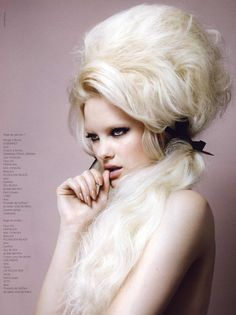 French revue de modes Editorial Blonde on Blonde, Fall/Winter 2010 Shot #2 | MyFDB