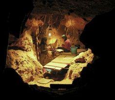 <p>Yacimiento de El Sidrón. Foto de archivo cedida por el CSIC.</p>