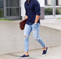 Light Blue Jeans Outfit Men Collection mens casual fashion navy shirt light blue jeans slip on Light Blue Jeans Outfit Men. Here is Light Blue Jeans Outfit Men Collection for you. Mens Fashion Blog, Fashion Mode, Fashion Outfits, Fashion Ideas, Style Fashion, Fashion For Man, Fashion Black, Men Summer Fashion, Spring Fashion