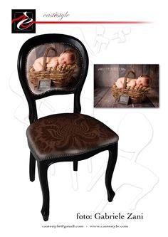 A chair decorated with your children photo , a sweet gift for mummy , daddy  or grandparents . Choose the best for your Christmass , choose  the Italian style