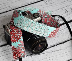 dSLR Camera Strap - Women's Accessories - Camera Strap - Chrysanthemum  - gift ideas under 30 - Gift for Photographers - pinned by pin4etsy.com