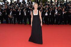 Pin for Later: Personnalités Françaises et Stars Hollywoodiennes Ont Envahi Cannes Jour 1 Emmanuelle Beart