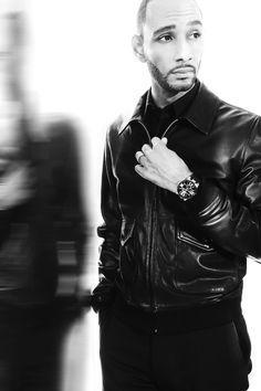 Swizz Beatz looking crisp in a tailored leather jacket and hip watch Michael B Jordan, Men's Leather Jacket, Men's Jacket, Black And White Pictures, Celebs, Celebrities, Style Guides, Street Wear, Handsome