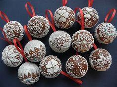 Gingerbread Decorations, Gingerbread Ornaments, Christmas Gingerbread, Gingerbread Cookies, Christmas Decorations, Christmas Sweets, Christmas Candy, Christmas Baking, Christmas Cookies