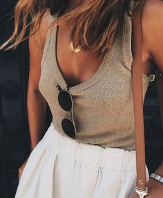 Tan, ivory, accesorized