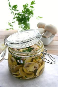 Food and Cook by globetrotter Healthy Low Carb Recipes, Vegetable Recipes, Marinated Mushrooms, Dehydrated Food, Antipasto, Mushroom Recipes, Finger Foods, Tapas, Good Food